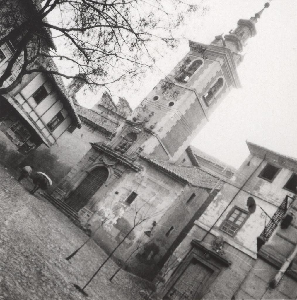 Plaza e Iglesia de san Justo hacia 1933. Fotografía de Fernando García Mercadal © Fundación Arquitectura COAM