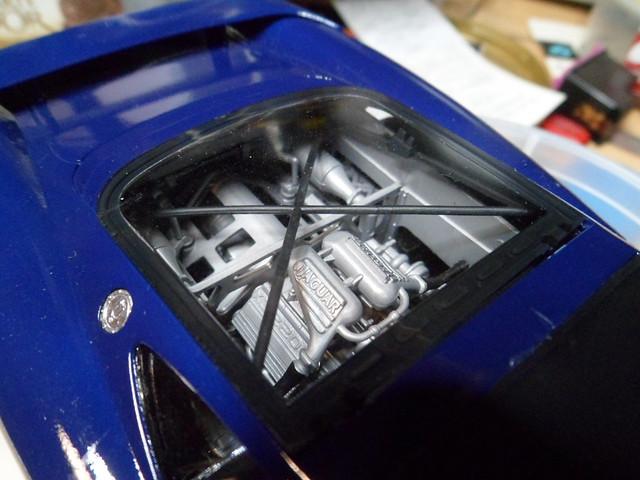 *Montage pas-à-pas* Jaguar XJ 220 [Revell 1/24] - Page 4 50639020322_ffc2ab8bf8_z