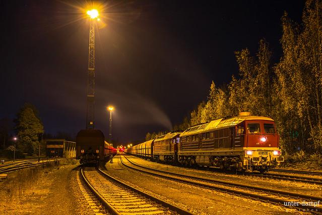 NRE 132 426 und TRG 232 173 in Chemnitz-Küchwald