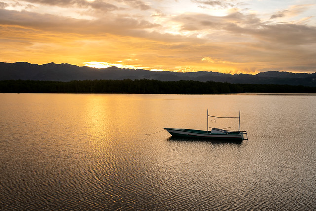 Calm sunset in Bais
