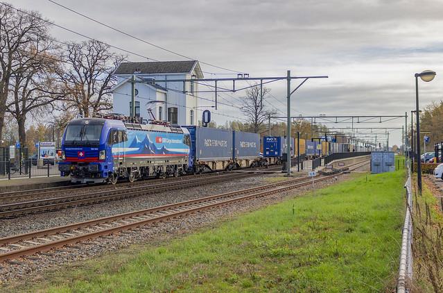[Hegelsom, Losweg] SBB Cargo 193 533 met Novara-Shuttle