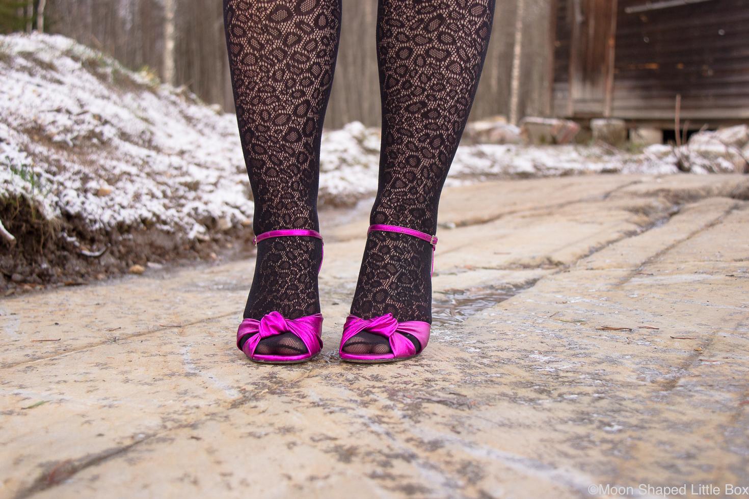 Minna-Parikan-kengat-edesta