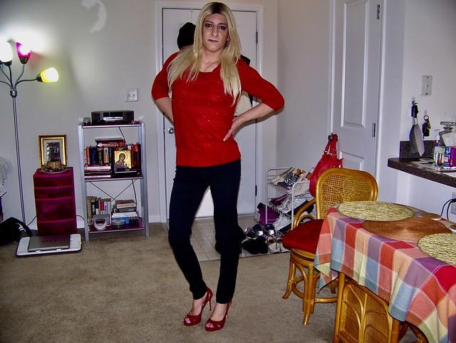 Amanda in Red Sweater Top & Black Skinny Jeans
