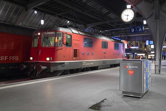 SBB Re 4/4 420 136 Zürich Hauptbahnhof