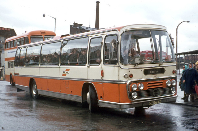 SELNEC Central Division . 221 OND737H Stockport Bus Station , Cheshire . Sunday afternoon 02nd-April-1972 .