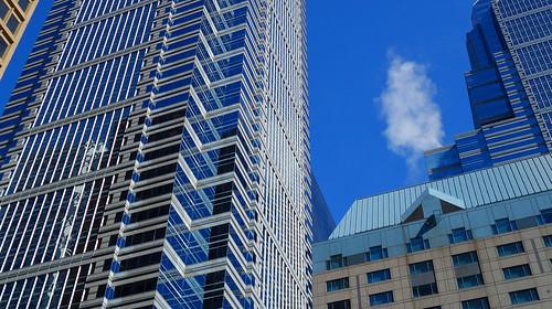 1liberty oneliberty philadelphia pennsylvania tower blue sky