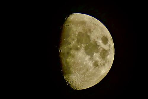 La luna de esta noche vista desde Zarautz