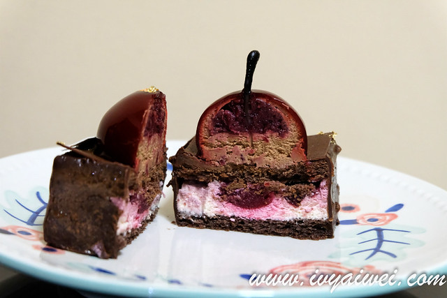the champignons cake shop winter (3)