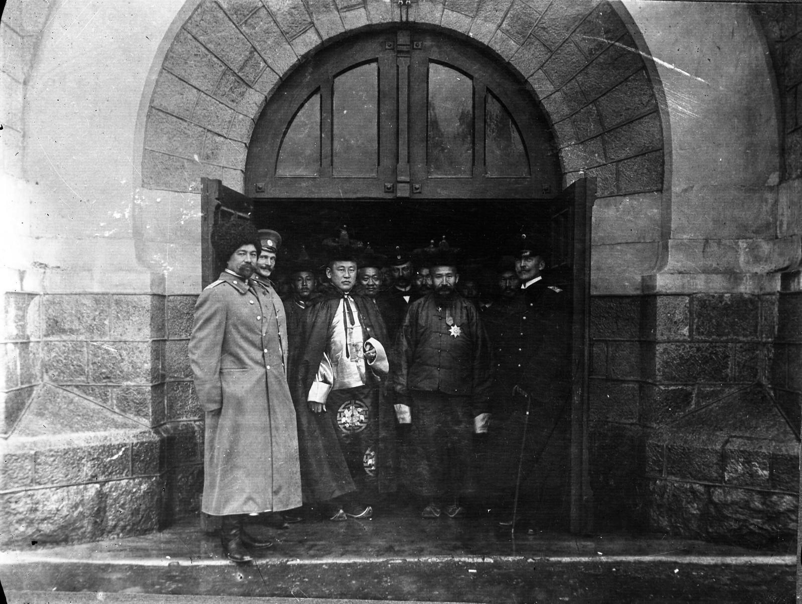 08. 1913. Премьер-министр Монголии Намнансурэн в Санкт-Петербурге