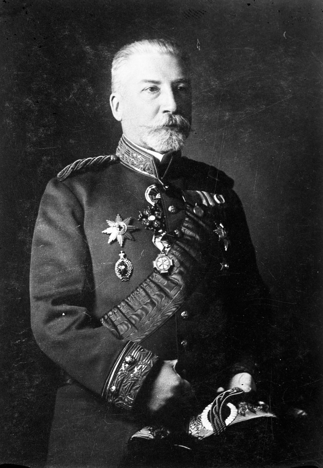 04. Представитель правительства России Кростовиц, подписавший договор между Монголией и Россией в 1912 году в Их Хурээ