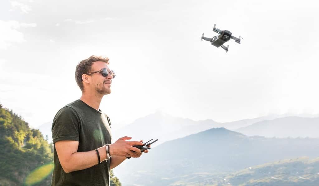 les-drones-du-futur-inspireront-des-bourdons