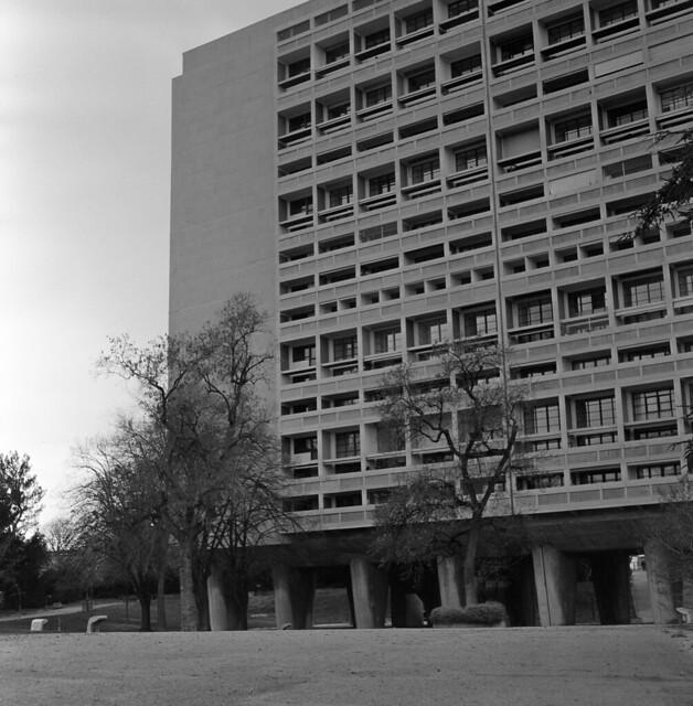 9664.Le Corbusier
