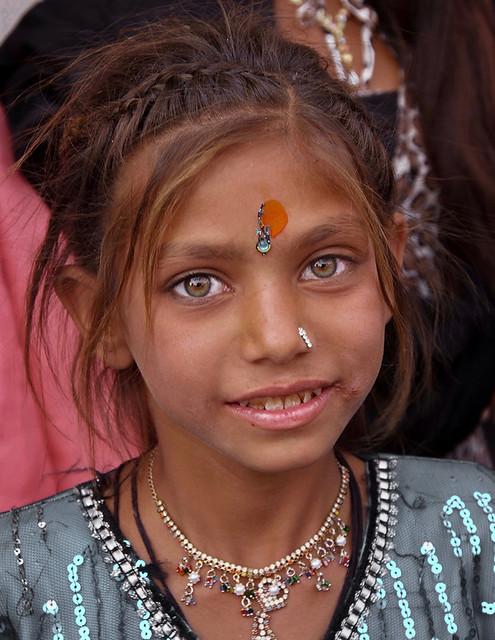 Gujarat - Fillette à Junagadh.