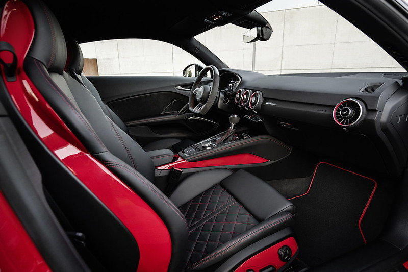 audi-tts-competition-plus-and-bronze-selection-10