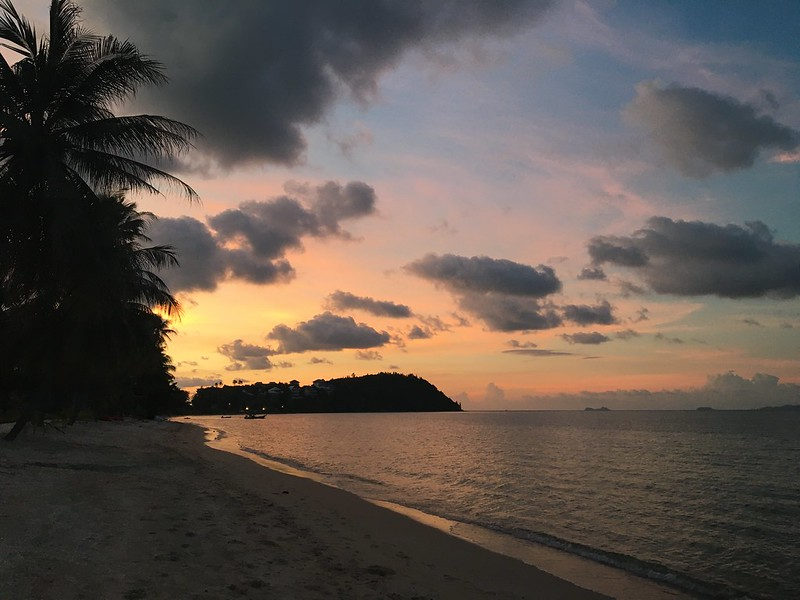 サムイ島バンラックビーチからの夕焼け