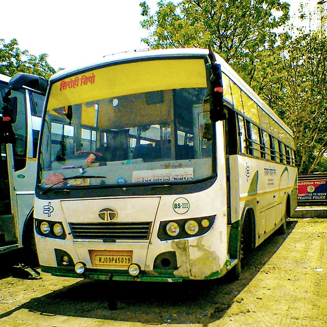 RSRTC Semi Deluxe Bus. Vehicle No. RJ. 09.PA.5019
