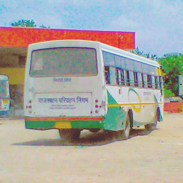 RSRTC Semi Deluxe Bus Vehicle No. RJ. 09.PA.5019