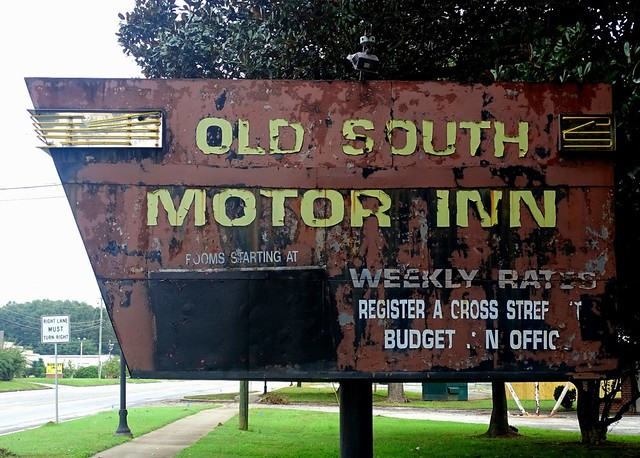 GA, Madison-U.S. 441 Old South Motor Inn Sign