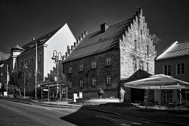 Der Schott-Brunnen am Stadtplatz