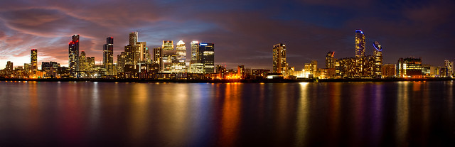 Londons Docklands at night