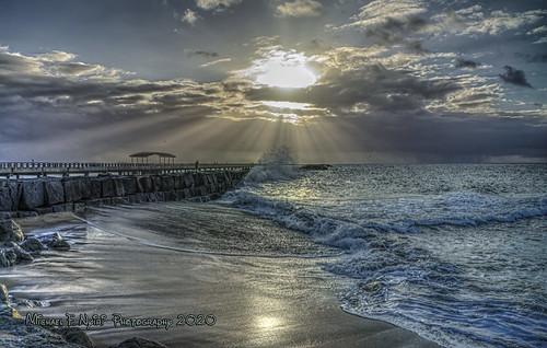 cabrillobeach pier sanpedro california pacificocean clouds sunrise sunray crepuscularrays ocean sea southerncalifornia