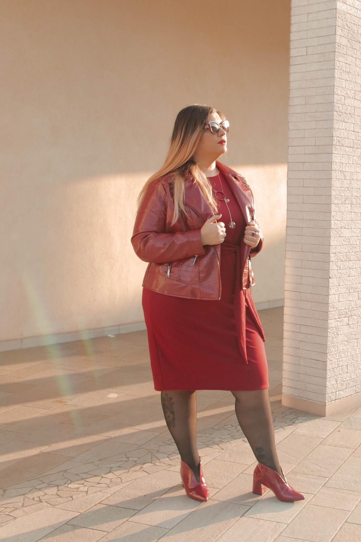 outfit monocromatico con abito byalis (3)