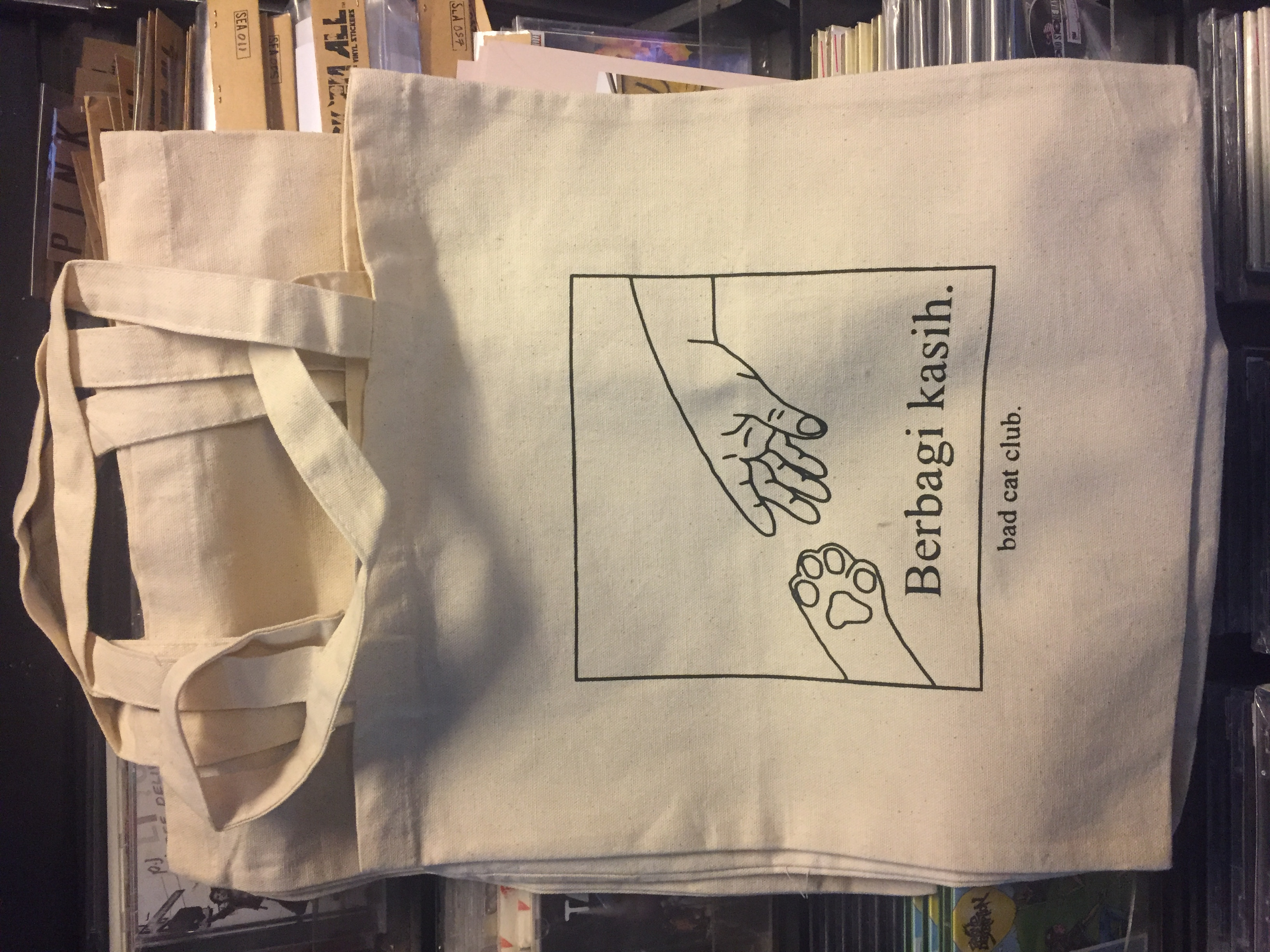 BAD CAT CLUB – Berbagi Kasih Tote bag