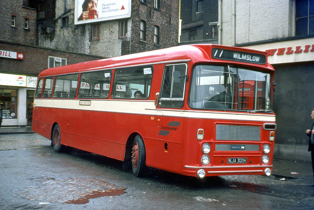 SELNEC Cheshire  Division . 321 NJA321H . Stockport Bus Station , Cheshire . Sunday afternoon 02nd-April-1972