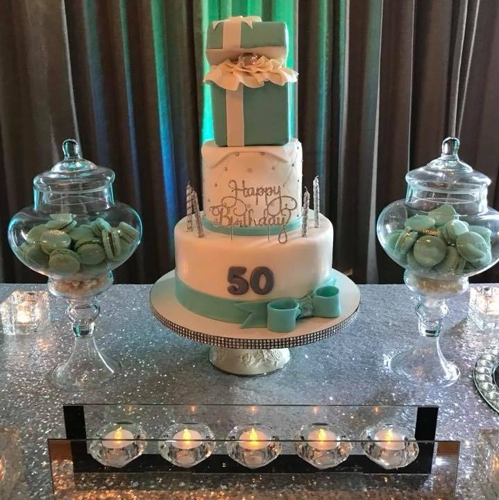 Cake by Bunso Sweet Treats