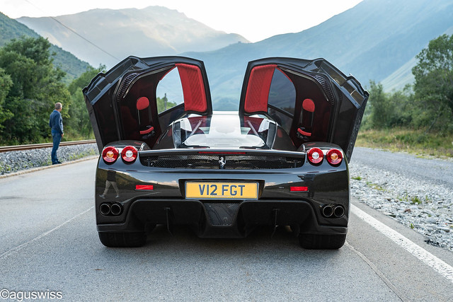 A Enzo fully in Carbonfibre