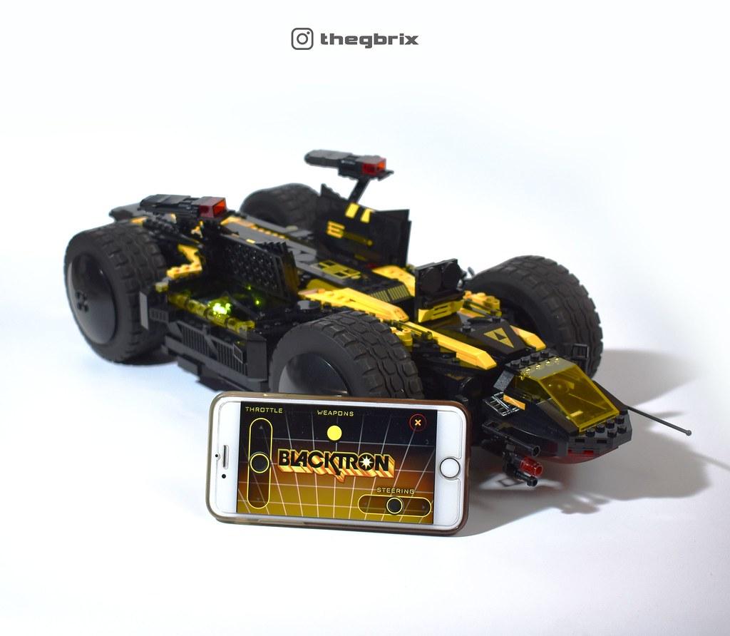 Space Police/Blacktron Flipover Rover