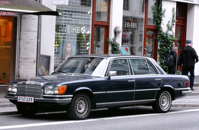 Mercedes 450SEL AT67229 still on the roads of Denmark