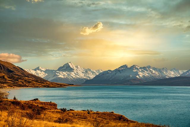 Lake Pukaki scenery with Aoraki Mount Cook at Sunset