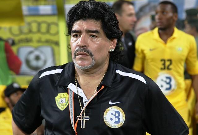 Legenda Bola Sepak, Maradona Meninggal Dunia Akibat Serangan Jantung di Usia 60 Tahun