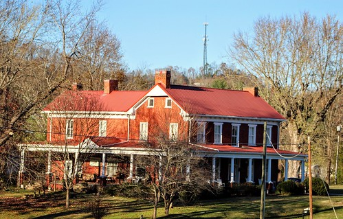 southernhomes oldsouthernhomes southernfarmhouse landscape canon appalachia ruralhomes