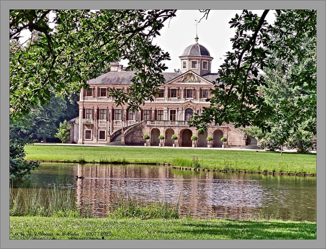 Schloss Favorite 2007  03 / 20
