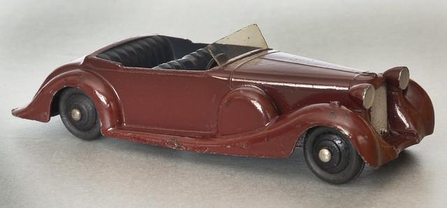 Dinky Toys No. 38c Maroon Lagonda Sports Coupe