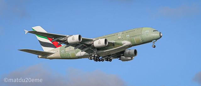 Airbus A380-800 / Emirates 🇦🇪🇦🇪🇦🇪