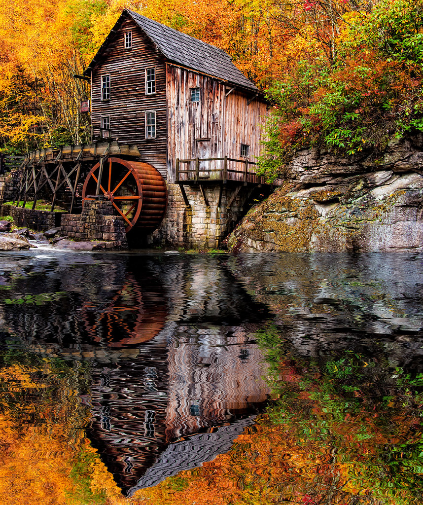 GLADE CREEK GRISTMILL BABCOCK STATE PARK WEST VIRGINIA 101420110078_REFLECTION