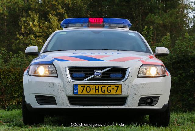 Dutch police Volvo V50