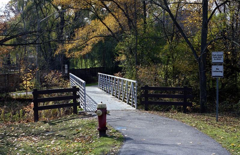 Pinewood Park Crossing