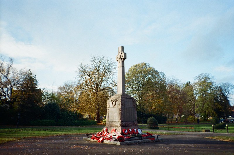 cs - war memorial on rememberance sunday