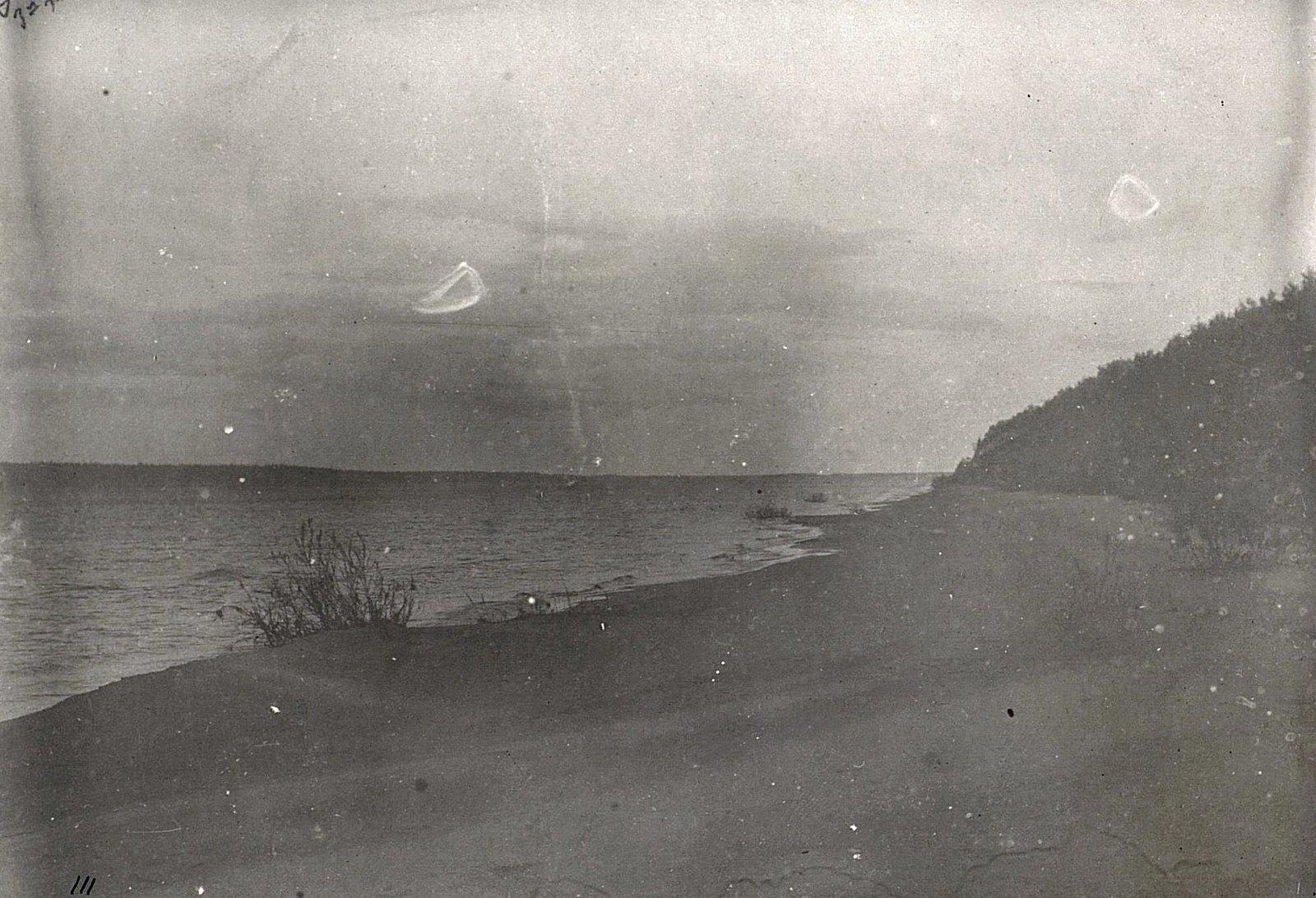 Вид на левый берег Енисея между деревнями Чулкивни и Долговой