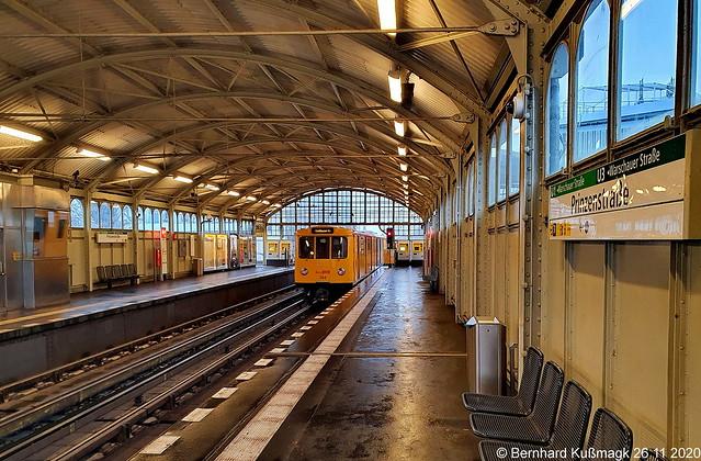 Europa, Deutschland, Berlin, Friedrichshain-Kreuzberg, Kreuzberg, U-Bahnhof Prinzenstraße, U-Bahn-Linien U1 und U3