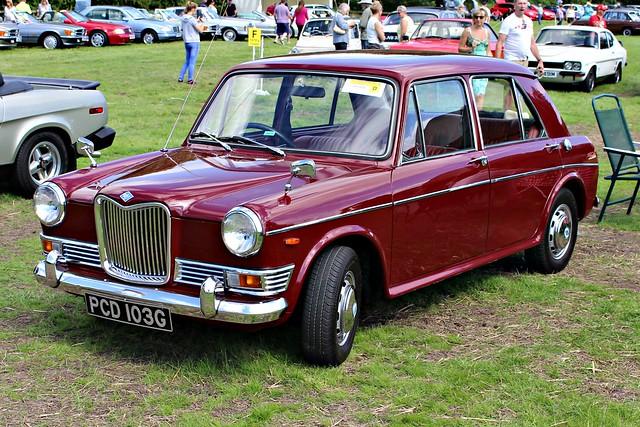 830 Riley Kestrel ADO16 1300 Mk.II (1969) PCD 103 G