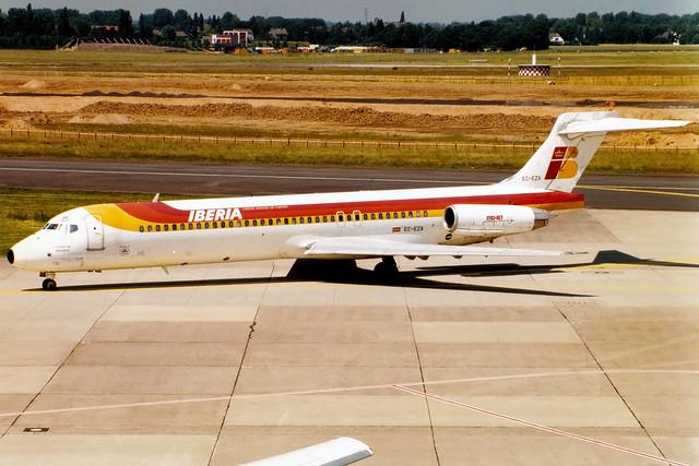 Iberia | McDonnell Douglas MD-87 | EC-EZA | Düsseldorf International