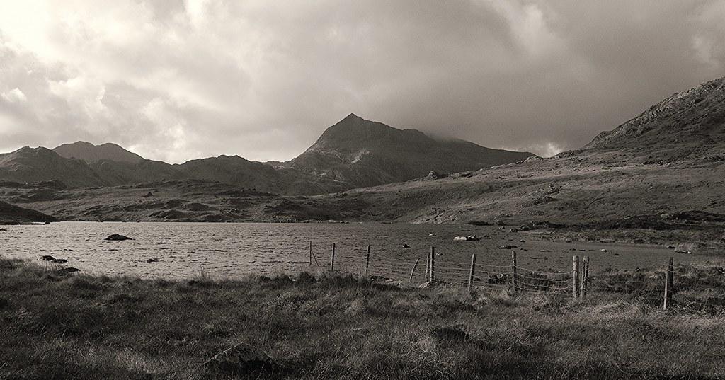 Llyn Cwymffynnon - Snowdonia National Park, Gwynedd - 22.11.2020