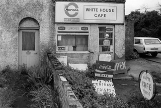White House Cafe, Lea navigation. Broxbourne area, 1983 34z-11_2400