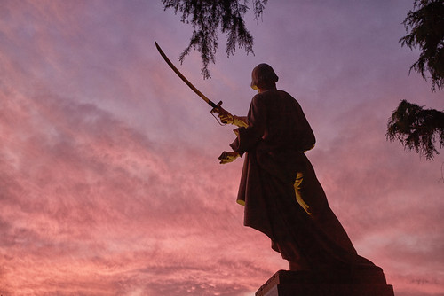 luino monumenti pubblicate statue tramonti