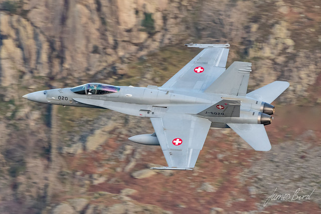 Swiss F/A-18C J-5020 low level in the English Lake District
